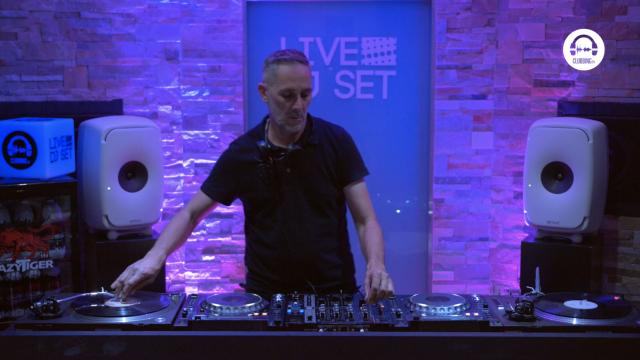 live dj set with dj leax 3fazé - techno parade 20 years