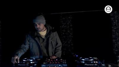 Live DJ Set with Fran Bortolossi
