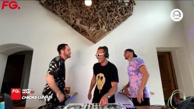 FG   HappyHour DJ with Chicks Luv Us