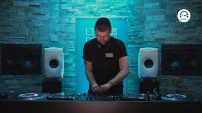 Live DJ Set with Warner Case