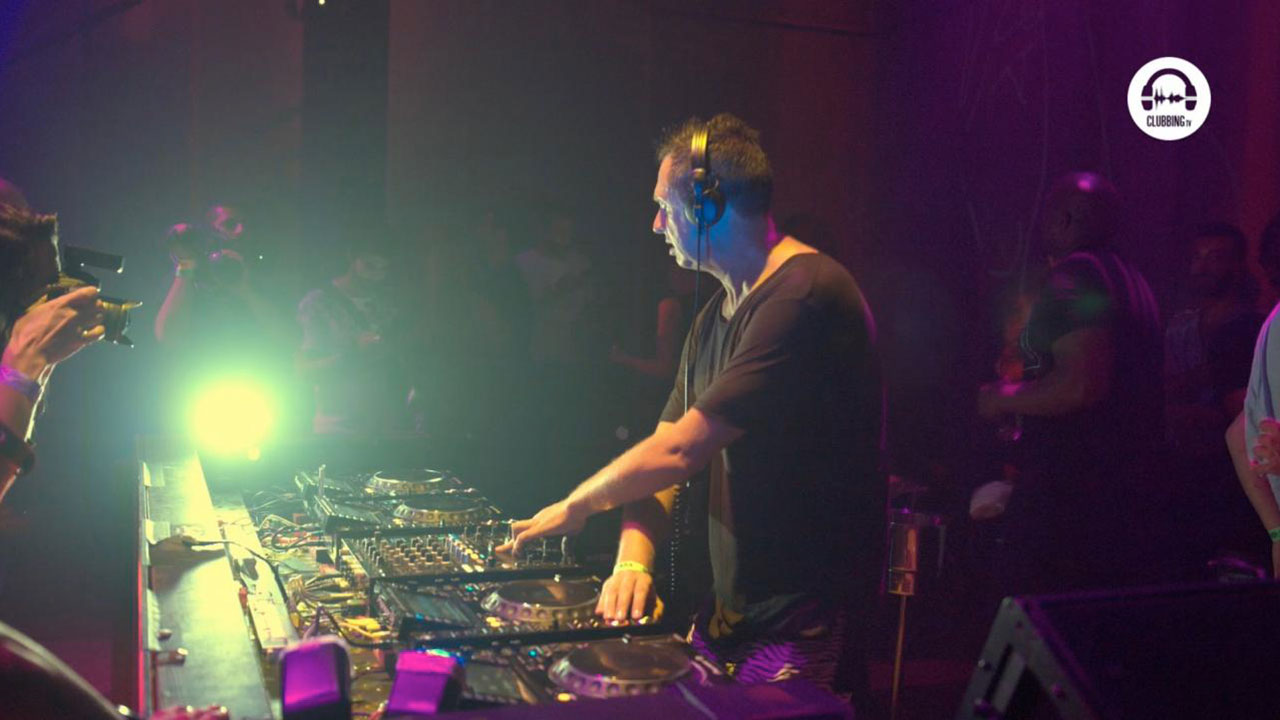 Live DJ Set with Mark Ursa - Electrico Romantico @ Heart Ibiza