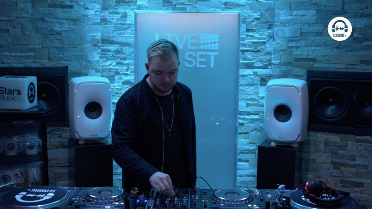 Live DJ Set with Meggido