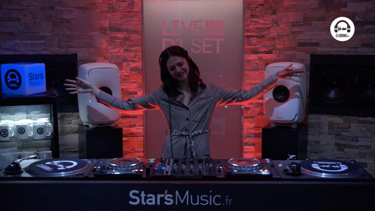 Live DJ Set with Clara