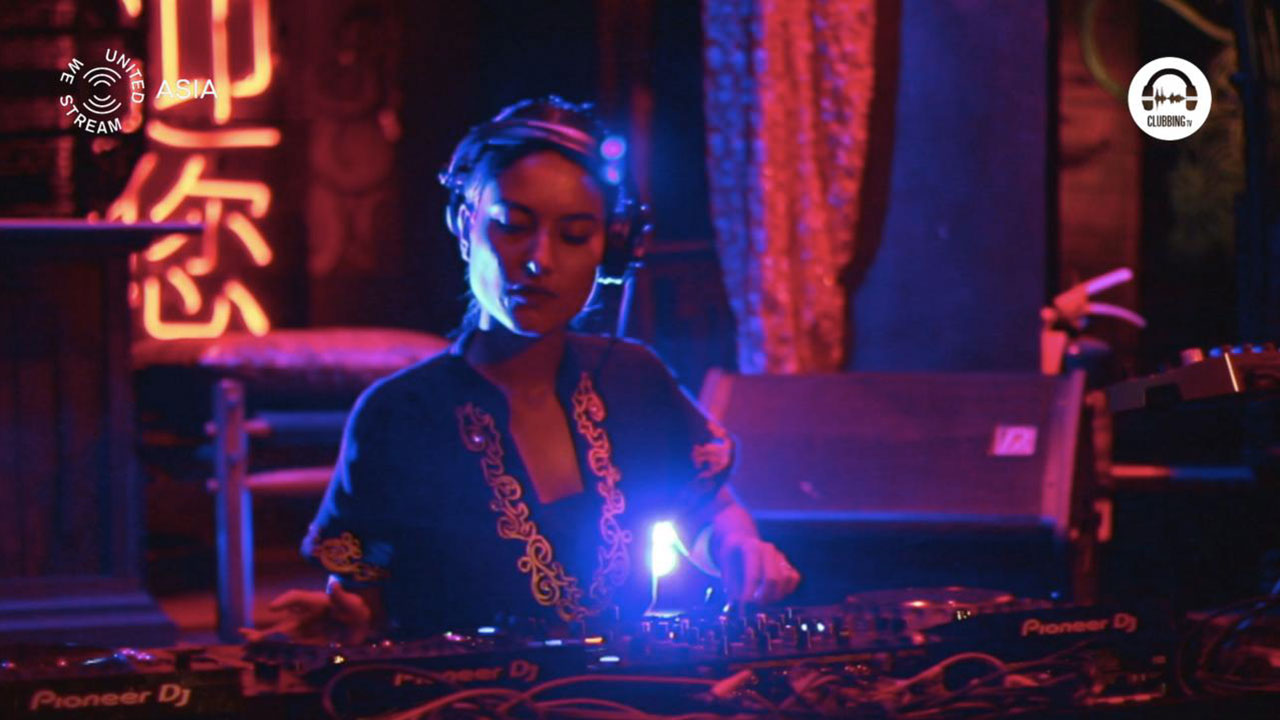 United We Stream Asia #7 Sing Sing Theater with Bonita Everitt