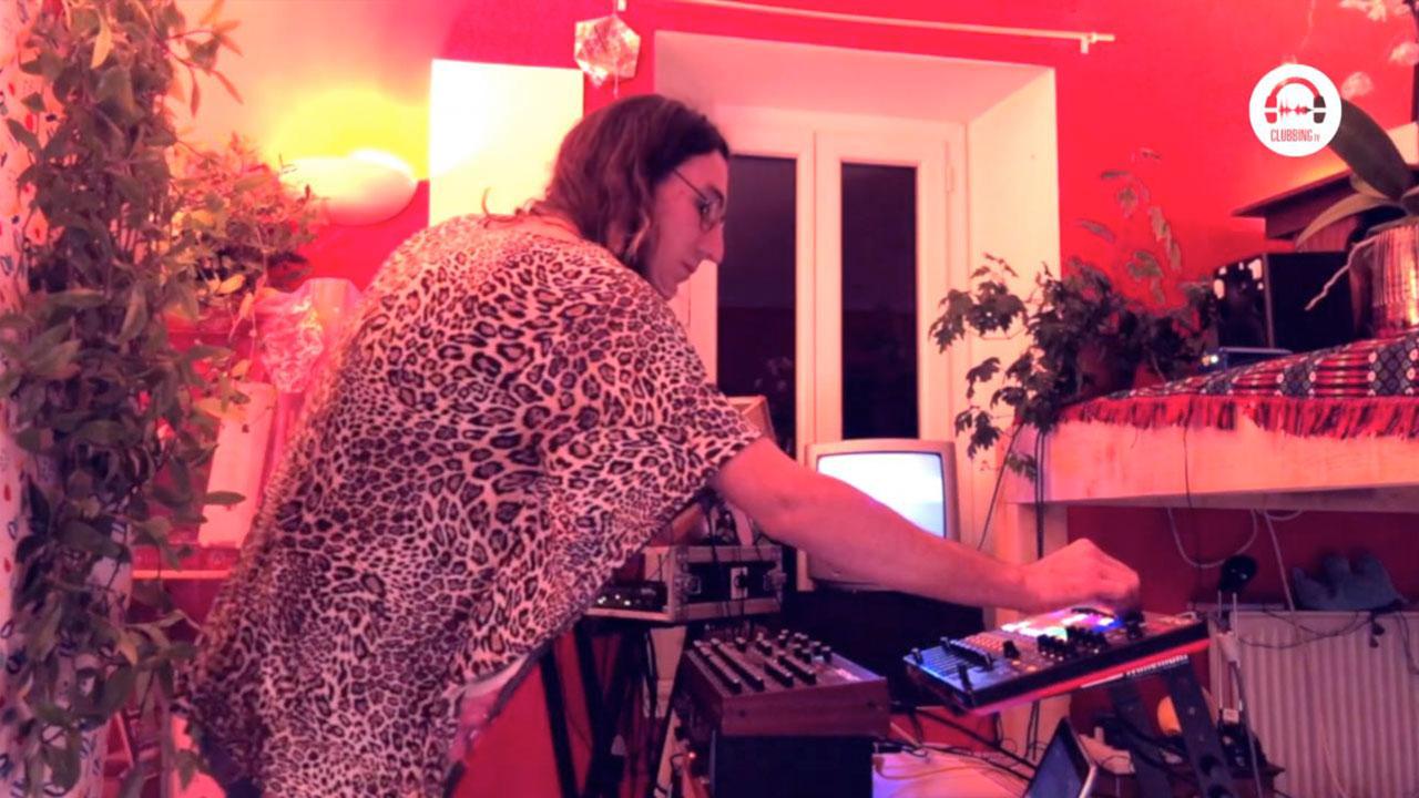 Live DJ Set with Submarine FM