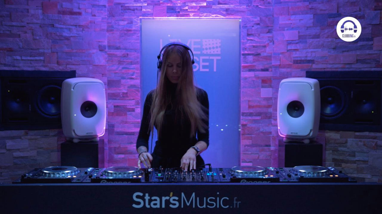 Live DJ Set with Adixia