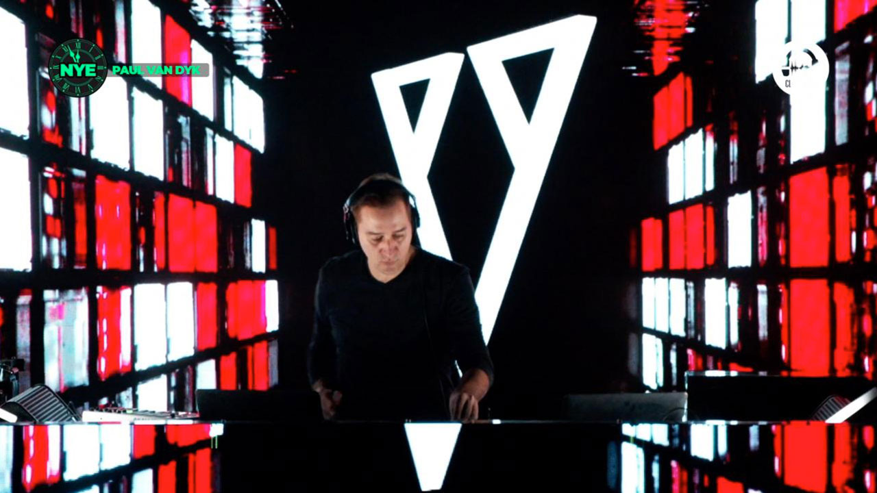 Paul Van Dyk @ A7 Club - Clubbing TV NYE